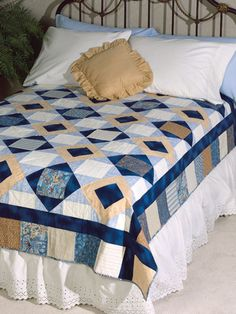Quilt Patterns - Bed Quilt Patterns The colors of the ocean combine with the Storm at Sea pattern to make a lovely monochromatic quilt. Finished Quilt Size: x Block Sizes: x Skill Level: Beginner Bed Quilt Patterns, Beginner Quilt Patterns, Quilting For Beginners, Beginner Quilting, Shirt Patterns, Patchwork Patterns, Dress Patterns, Puzzle Quilt, Quilt Blocks