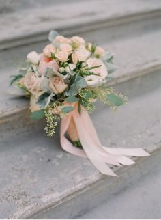 Are you thinking about having your wedding by the beach? Are you wondering the best beach wedding flowers to celebrate your union? Here are some of the best ideas for beach wedding flowers you should consider. Wedding Flower Guide, Wedding Reception Flowers, Diy Wedding Bouquet, White Wedding Bouquets, Bride Bouquets, Bridal Flowers, Art Deco Wedding, Wedding Blog, Destination Wedding
