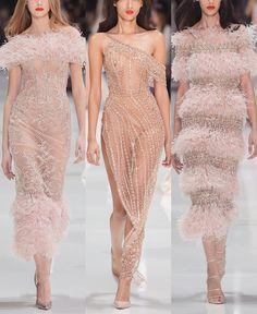 """161 次赞、 1 条评论 - Marsendress (@marsendress) 在 Instagram 发布:""""#RalphandRusso SS18 Couture Collection ✨🌟👗😍 . . #dress #hautecouture #highfashion #altamoda…"""""""