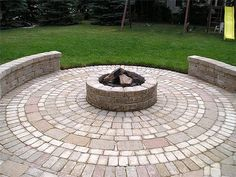Image detail for -Pavers laid in a circular pattern to form a round patio are great for ...
