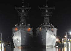 """USS Vandegrift FFG-48 and USS Curts FFG-38 April 29, 2011- 5 x 7"""" Photo Card"""