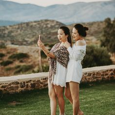 Besties, Have Fun, Mansions, Couple Photos, Couples, Fashion, Couple Shots, Moda, Manor Houses