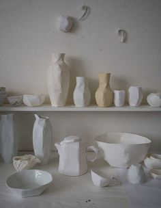 Getting into ceramics/pottery lately. Especially after a dear friend spent sometime in Tuscany working her potters wheel. From an extra virgin olive oil, balsamic or even sake. These rustic vessels would be sure to please.
