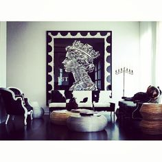 Love the scale of this Ann Carrington piece. | #art #interiordesign #buttons #british #queen