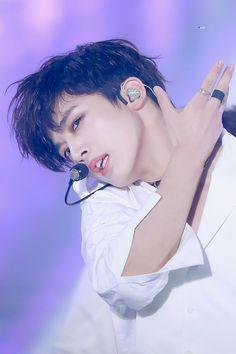 Yugyeom, Kpop Aesthetic, Bts Pictures, Kpop Boy, Handsome Boys, My Sunshine, K Idols, My Boyfriend, Korea