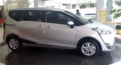 Review: All New Toyota Sienta 2016 Type G CVT Silver Color Exterior and ...