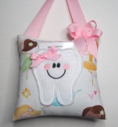 Make your own tooth fairy pillow using foam crumb from GB Foam Direct.