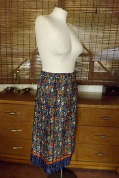 Vintage 80s Pleated Floral and Confetti Border by Calliopegirl, $30.00