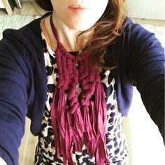 purple macrame necklace by pompom, pom-pom.me, https://www.etsy.com/it/shop/pompomfromflorence
