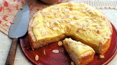 Vyzkoušejte mandlový koláč na švédský způsob. Je to netradiční dezert, který se jistě stane stálicí ve vašem cukrářském repertoáru.