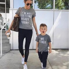 Mom Girl Letters Pattern Matching T-Shirt Mom & son Matching T-Shirts - Unique Baby Outfits Baby Outfits, Mom And Son Outfits, Outfits Niños, Matching Family Outfits, Kids Outfits, Young Mom Outfits, Little Boy Outfits, Matching Shirts, Fashion Kids