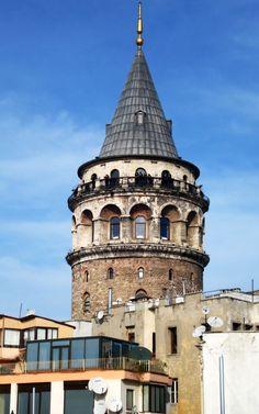 İstanbul (Galata Kulesi) Istanbul City, Istanbul Turkey, Hagia Sophia, Turkey Travel, Nature Images, Luxury Travel, Nice View, Continents, Night Life