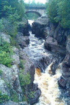 Temperance River State Park | Area Attractions | Bluefin Bay Family of Resorts #MSPDestination
