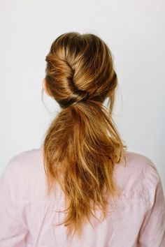 Loose hair twist