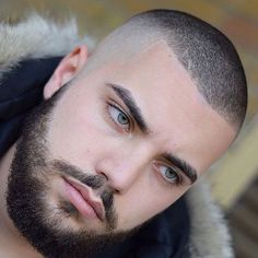 50 Stylish High Fade Haircuts for Men - Men Hairstyles World Mens Modern Hairstyles, Trendy Mens Haircuts, Modern Haircuts, Cool Hairstyles, Short Hair Cuts, Short Hair Styles, High Fade Haircut, Hair And Beard Styles, Haircut Styles