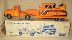 1961 Tonka State Hi-Way Dept #146 Giant Dozer & Trailer Set in original Box!