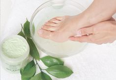 beautyandbeyond | Product of the month Sh'zen Spa Additive for Feet Brownie Pan, Homemade Butter, Warm Food, Love Natural, Slow Food, Cold Meals, Mani Pedi, Manicure And Pedicure, Cooking Time