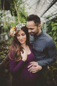 Hair and make up by darling salon (becca)  photography twig&olive photography Maternity Portraits, Maternity Session, Maternity Photography, Photography Photos, Couple Photography, Fashion Photography, Maternity Style, Family Outfits, Photo Sessions