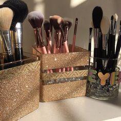 Trendy makeup organization vanity diy tips ideas Trendy Make-up Organisation Vanity DIY Tipps Ideen Diy Vanity, Vanity Ideas, Vanity Bathroom, Vanity Decor, Rangement Makeup, Make Up Storage, Storage Ideas, Diy Storage, Ideas Para Organizar