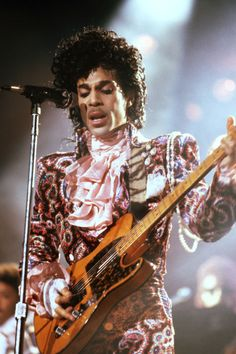"""harpersbazaar: """"A Look Back At Prince's Most Iconic Style Moments In PhotosIn honor of the late 'Purple Rain' singer, BAZAAR rounds up his most fierce fashion. See all of the looks. Sheila E, Mavis Staples, Madonna, Look 80s, Princes Fashion, Paisley Park, We Will Rock You, Roger Nelson, My Prince"""