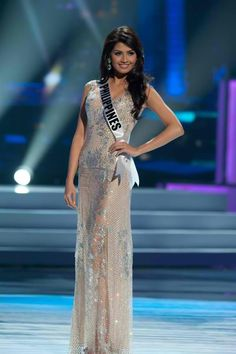#67 for 2012 Shamcey Supsup. Beauty and brains. Ravishing. The real pinay beauty!