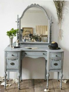 Adding That Perfect Gray Shabby Chic Furniture To Complete Your Interior Look from Shabby Chic Home interiors. Shabby Chic Furniture, Vintage Furniture, Painted Furniture, Shabby Chic Vanity Table, Shabby Chic Dressing Table, Modern Furniture, Furniture Vanity, Mirrored Furniture, French Furniture