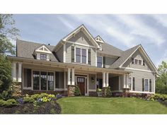 Craftsman House Plan with 2589 Square Feet and 4 Bedrooms from Dream Home Source   House Plan Code DHSW68022