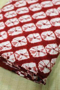 Kumo shibori, squares
