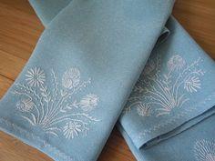 Le temps de la broderie: Прикладное применение вышивки - столовые салфетки
