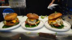 Et donc les trois burgers à la présentation