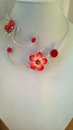 Wire necklace Statement necklace Alu wire by LesBijouxLibellule Red Jewelry, Metal Jewelry, Jewelry Crafts, Beaded Jewelry, Unique Jewelry, Jewelery, Handmade Jewelry, Jewelry Design, Luxury Jewelry