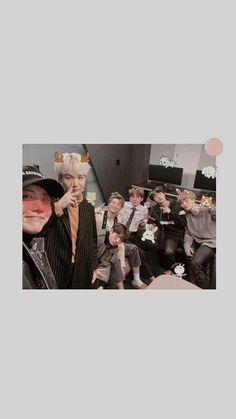 Check out Blackpink @ Iomoio Foto Bts, Bts Taehyung, Bts Jimin, Bts Wallpaper, Iphone Wallpaper, Screen Wallpaper, Park Jimim, Bts Cute, Bts Polaroid