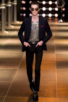 Photos of the Saint Laurent Spring/Summer 2014 Men's Collection show from Spring Fashion Week Saint Laurent 2014, Saint Laurent Paris, Mens Fashion Week, Fashion Show, Fashion Design, Men's Fashion, Paris Fashion, Runway Fashion, Ysl