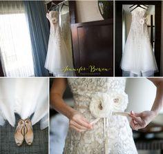 Ashely and Jay #springwedding at Sanctuary Resort and Spa in Arizona. Photos by Jennifer Bowen. #weddinginspiration