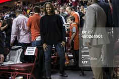 Michelle Obama wearing AG jeans Our favorite Denim brand at Alton Gray Michelle Obama Fashion, Mary J, Shape Magazine, Toned Abs, Ag Jeans, Denim Branding, Barack Obama, Beautiful Outfits, Presidents