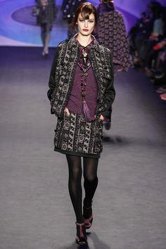 Anna Sui Fall 2014 Ready-to-Wear Fashion Show Anna Sui Fashion, I Love Fashion, Fashion Show, Autumn Fashion, Fashion Outfits, Fashion Design, Fashion 2014, Women's Runway Fashion, Couture Fashion