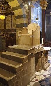 「アーヘン大聖堂 玉座」の画像検索結果
