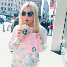 BibisBeautyPalace #starbucks Youtuber, Social Media Stars, Youtube Stars, Starbucks, The Balm, Hair Color, Girly, Cool Stuff, Celebrities