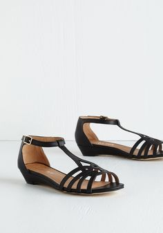 a26a7358d675b7 88 Best spring summer shoes images