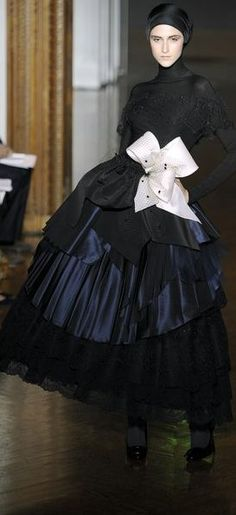 Christian Lacroix Couture Fall 2009 | The House of Beccaria