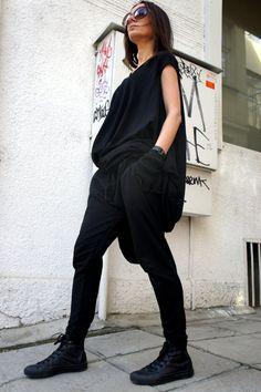 Loose Casual Black Drop Crotch Harem Pants / von Aakasha auf Etsy
