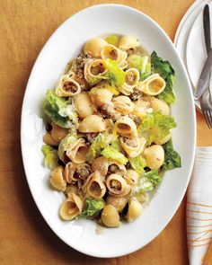 Pasta with Sausage, Leeks, and Lettuce. Nice easy summer dinner.