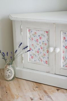 DIY Boring To Beautiful ! Shabby Chic Decoupage Makeover !
