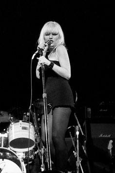 Debbie Harry, 1977.      Photo by Martyn Goodacre