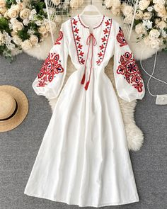 Stylish Dress Designs, Stylish Dresses, Simple Dresses, Casual Dresses, Dresses For Hijab, Girls Fashion Clothes, Fashion Dresses, Dress Outfits, Pretty Outfits