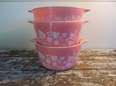 Pink Gooseberry Pryrex Bowls Pyrex Dishes by VintageShoppingSpree, $59.00