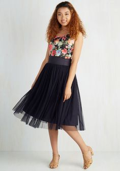 Patron Prestige Skirt in Navy. A supporter of the theater, you enjoy your VIP seats feeling fabulous in this navy tulle skirt. #blue #modcloth