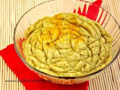 pateu de linte Vegetarian Recipes, Cooking Recipes, Healthy Recipes, Romanian Food, Romanian Recipes, Avocado Hummus, Brocolli, Good Food, Yummy Food