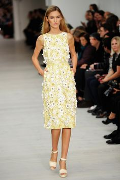 Matthew Williamson - Runway: London Fashion Week SS14
