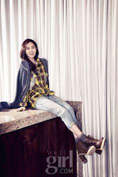Heo Ga Yoon Vogue Girl Korea January 2013 Look 3